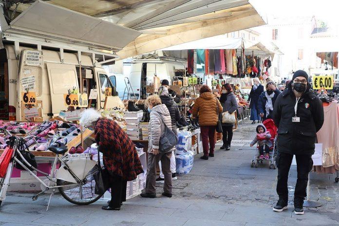 Imola-mercato-ambulante