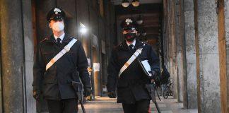 Bologna controlli carabinieri covid