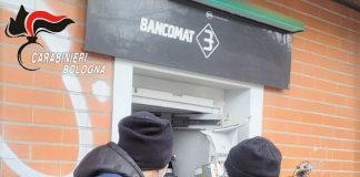 Bologna esplosione bancomat BPM