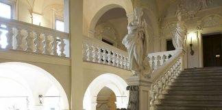 Imola Palazzo Tozzoni scalone