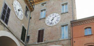 Carabinieri controlli anti covid Imola