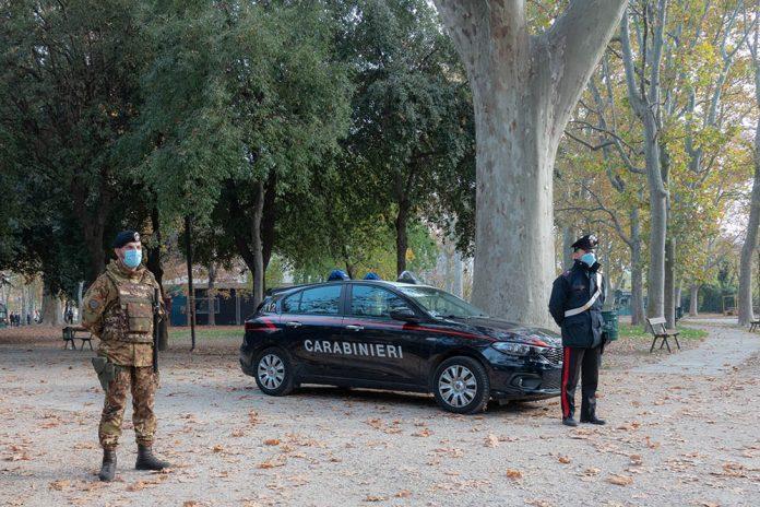 Carabinieri parco montagnola