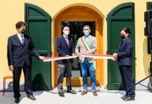Bologna casa gialla pilastro inaugurazione