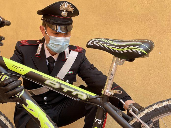 Bici rubata archivio