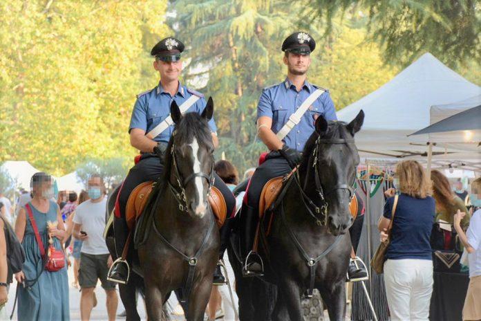 Bologna carabinieri reggimento cavallo