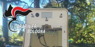 Bologna furto self service esso