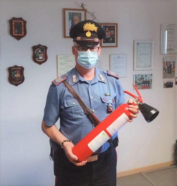 Carabinieri Loiano estintore danni palestra