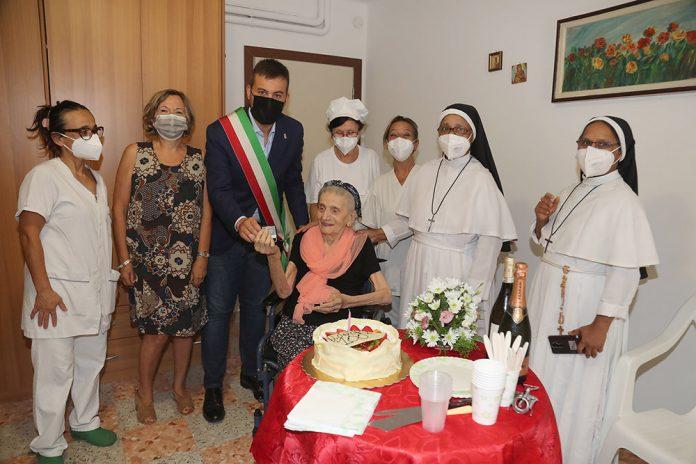 Imola Evelina Spoglianti centenaria
