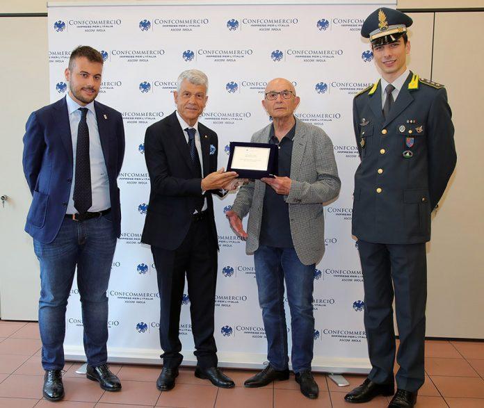 Imola premiazione brigadiere Di Domenico