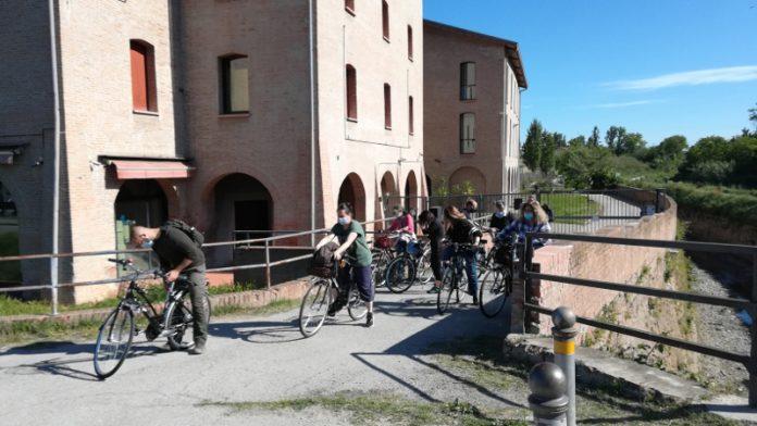 Tour bici lungo Navile